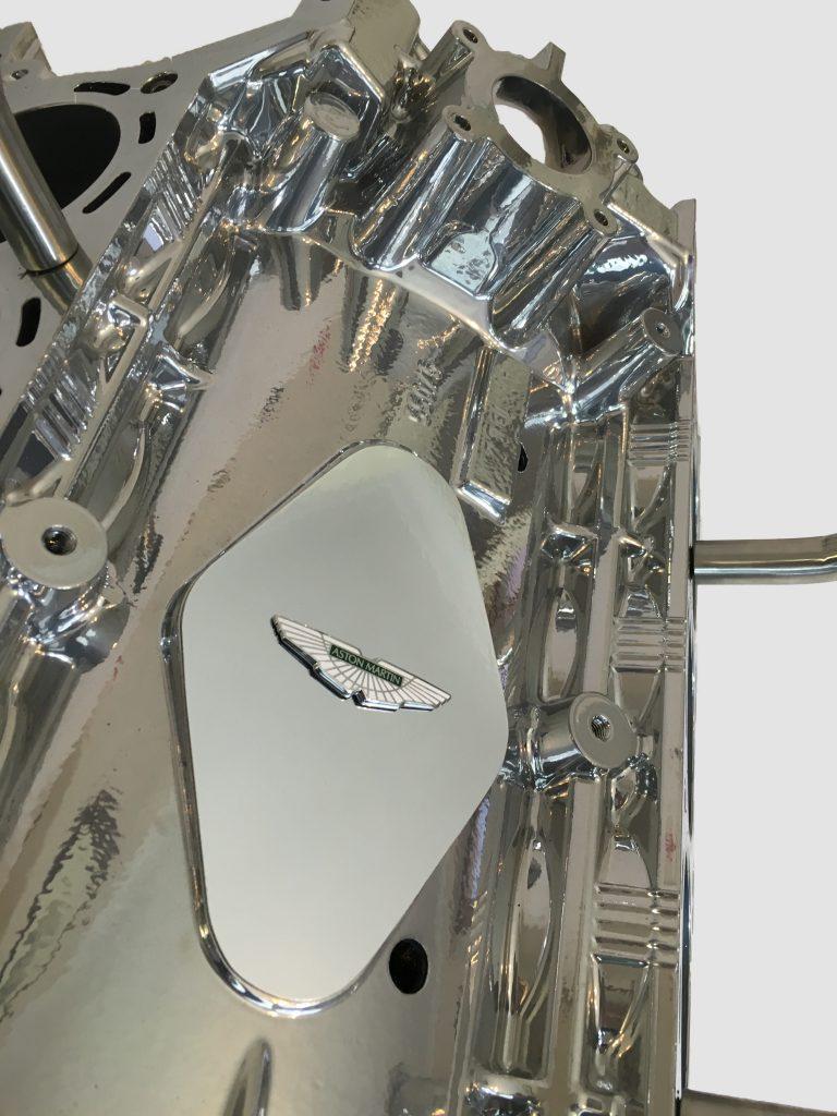 AM v8 backgroud on white