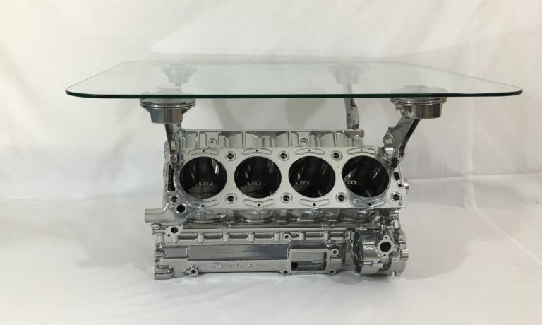 cosworth with pistons